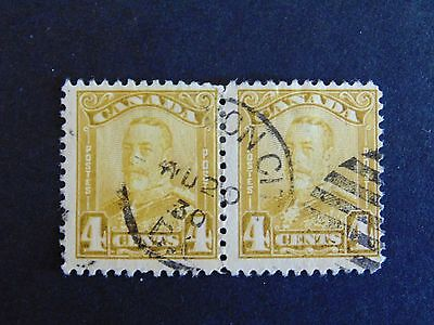Canada #152 4¢ Yellowish Olive Bistre King George V 1928 Scroll Issue FU Pair