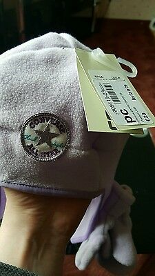 Converse infants hat and gloves