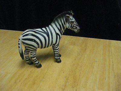 Schleich Germany Toy Wild Animal Figurine Zoo Zebra 3 1/2 Inches