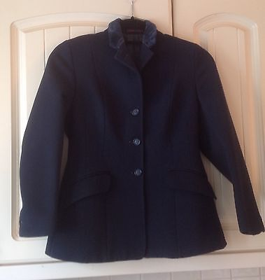 "Harry Hall Navy Show Jacket Size 28""/30"" Measures 32"" £25.00"