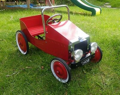 childrens classic retro 1930s style red pedal car
