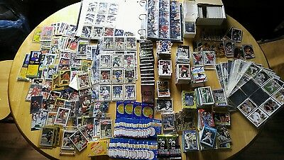 Lot of 1000+ Sports Cards Hockey Baseball Basketball