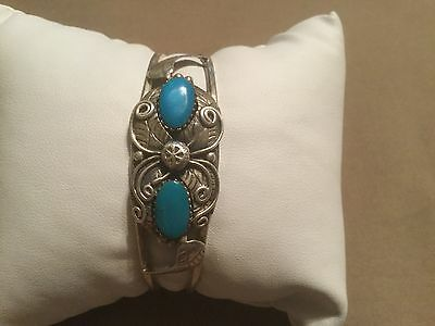 Beautiful Old Pawn Navajo Hand Made Sterling Silver & Turquoise Cuff Bracelet