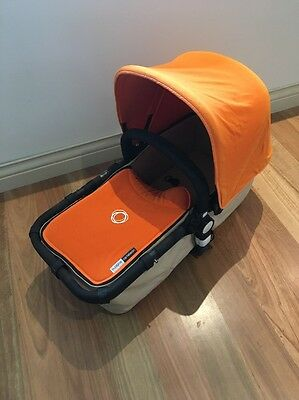 bugaboo cameleon bassinet/carrycot With Rain Cover, Mosquito Nets And More