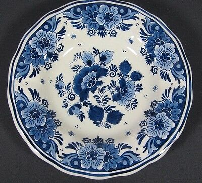 Delft Blue Plate: ROYAL GOEDEWAAGEN Holland Hand Painted Charger