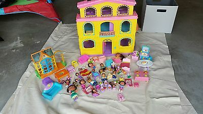 Lot of Dora the Explorer Toys and Dora's house, also some Diego figures
