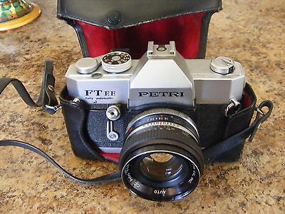 VINTAGE PETRI FTee CAMERA WITH LENS & CASE