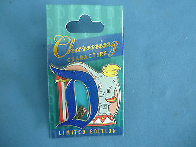 DUMBO   Disney Pin  D CHARMING CHARACTERS 2017 Limited Edition New Card