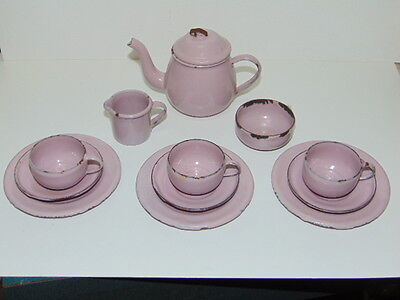 early lot of graniteware dollhouse accessory pink