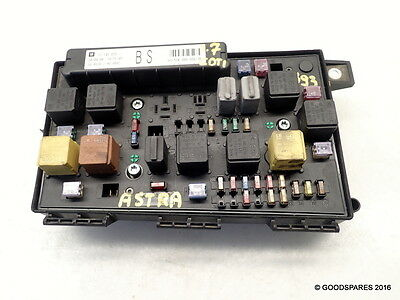 FUSE BOX/ RELAY Plate-13145017-04 Vauxhall Astra H 1.7 CDTi 5 door Where Is The Fuse Box On Vauxhall Astra on