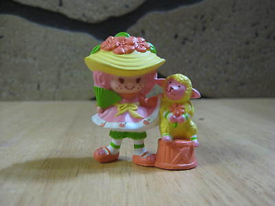 Vintage mini Strawberry Shortcake Peach Blush w/fan Melonie Belle miniature 1984