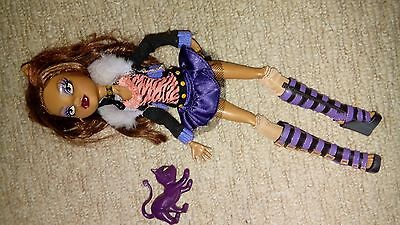 monster high doll clawdeen wolf with cat