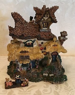 Boyd's Bearly-Built Villages Wee Bear Daycare Center 19025