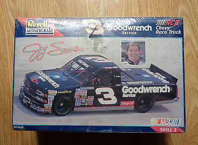 1/24 Revell Monogram #3 Goodwrench Chevy Race Truck Jay Sauter NEW SEALED