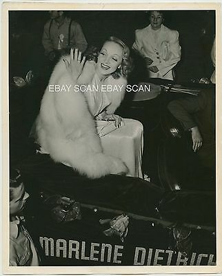Marlene Dietrich Rare Vintage Candid Photo By Mark Stagg