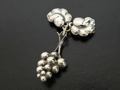 Auth Georg Jensen Brooch Grape Pin Sterling Silver Denmark 217A 13130961400 wG