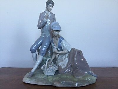 Lladro Couple Pastoral 4669 Excellent Condition