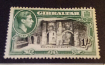 Gibraltar Stamps SG 127a Perf 13.5 medium mounted mint 1/- One shilling green bk