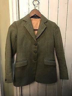 Childrens Tweed showing jacket size 27 (Foxley)