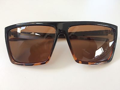 Fortis Polarised fishing sunglasses excellent condition with case