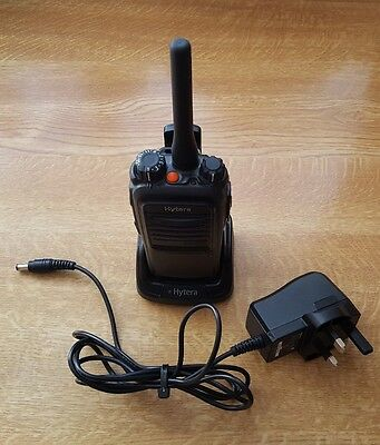 Hytera pd705 Two way radio uhf Immaculate condition