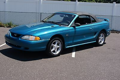 1995 Ford Mustang GT 1995 FORD MUSTANG GT CONVERTIBLE - LAST YEAR OF 5.0 - LOOKS BEAUTIFUL - MUST SEE