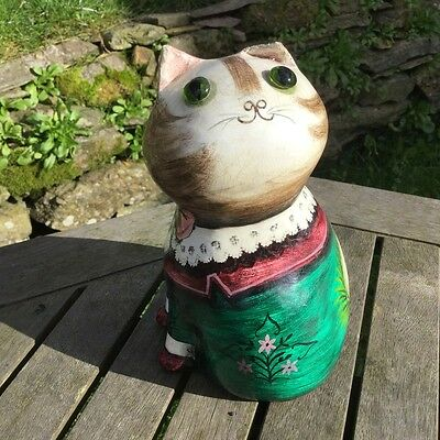 Joan & David de Bethel Papier Mache Cat 1962 'A Stitch In Tyme Saves Nine'