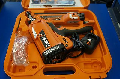 Paslode CF325XP Cordless 30° Framing Nailer Kit Great Condition USED ONCE!