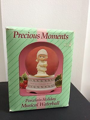 PRECIOUS MOMENTS MAY ALL YOUR CHRISTMASES BE WHITE #111074 MUSICAL waterball NEW