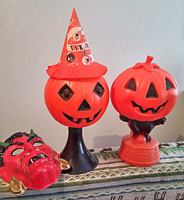 Vintage Halloween items, lighted blow molds, hat mask all great condition