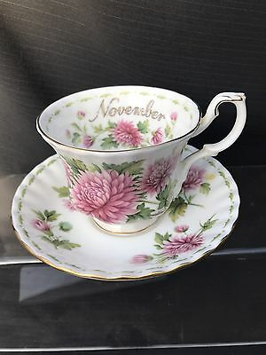 ROYAL ALBERT  Flower of The Month Cup And Saucer Chrysanthemum