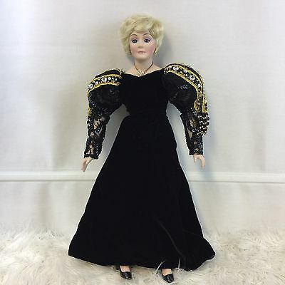 Mary Kay Ash 17 Inch Porcelain Doll 30th Anniversary