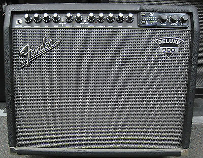 Fender Deluxe 900 Guitar Amp Amplifier and Footswitch