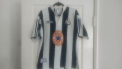 Newcastle United 1995/97 Home Shirt - Size L