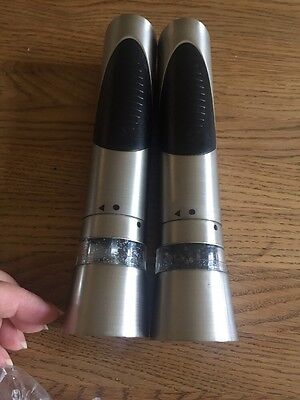 Cole And Mason Salt And Pepper Mill Battery Operated