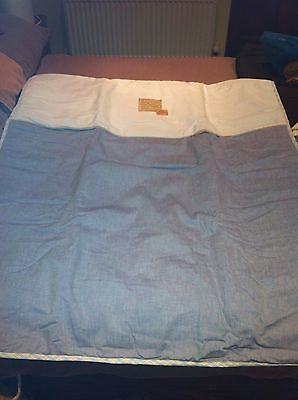 SLEEPING PEACEFULLY COT/ COTBED QUILT Brand New Sealed