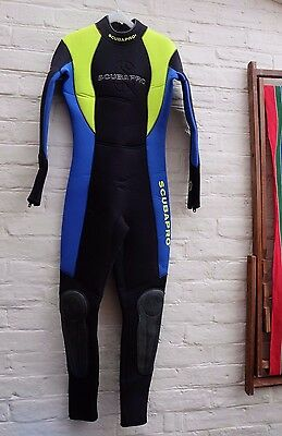 Ladies Scubapro 5mm Full Length and Shortie Wetsuits Size M
