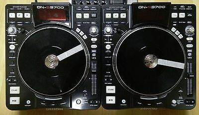 Denon DN-S3700 (DNS3700) CDJ/DJ Turntable w/ USB (Pair, Excellent condition)