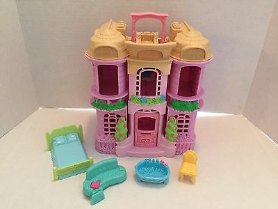 2001 Mattel FP Sweet Streets Doll Town House Pink/Tan 74916/T4452 GUC
