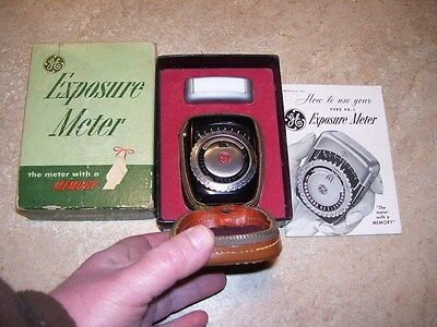 Vintage GE Photography Camera Exposure Meter in Original Box