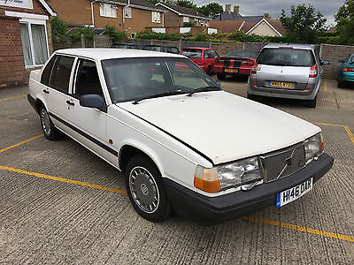 1991 classic Volvo 940 gl saloon / starts and drives / tidy / moted nov 2017 .