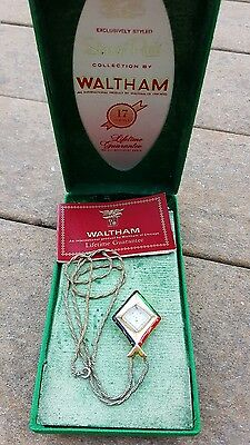 "WALTHAM ""Star of Paris"" Art Deco 17 Jewels Wind Up Necklace/Pendant Watch"
