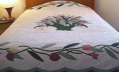 Beautiful Appliqued Basket Tulips/tulip Vine Hand Quilted Pieced Quilt Ltd Ed
