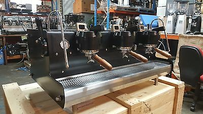 Coffee Machine Espresso 3 Group Synesso Cyncra Used Matte Black Shock Timers
