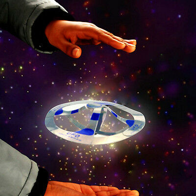 UK Classic Toys Flying Saucer Magic Trick Disk Mystery Floating UFO Hovers Magic