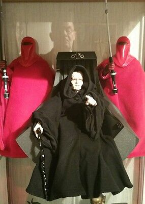 Star wars darth sidious with chair and guards..