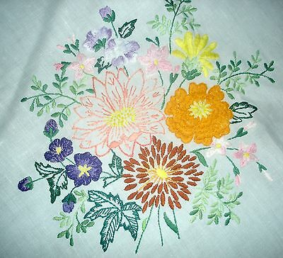 Vintage Hand Embroidered Summer Bouquet of Flowers White Linen Tablecloth