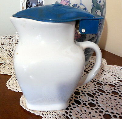 Vintage electric jug white body blue lid Everest Electric