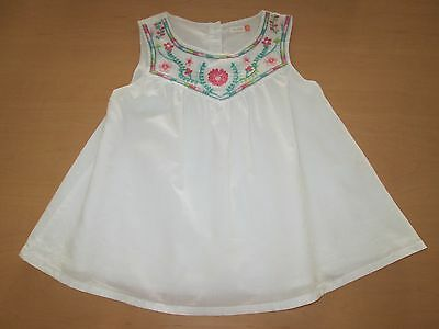 Girls cotton top from John Lewis Embroidered flowers at the neck Fit age 4. Cool