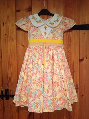 Vintage Girls Dress aged 4-5 years